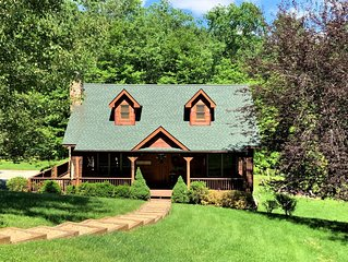 Country Life 3 Bedroom 2 Bath Log Cabin in Valle Crucis
