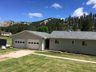 Beautiful Black Hills property with access to the Mickelson Trail