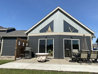 Come stay at Journey Cabin * Bridges Bay Resort. Pond view and great location!