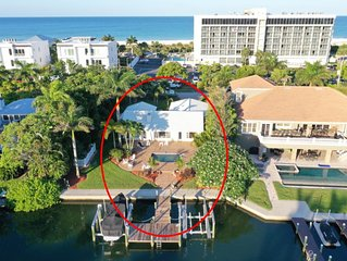 Luxurious Waterfront Home Walking Distance from Lido Beach and St Armands Circle