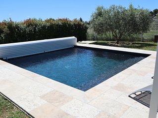 Gite Oléa, entouré d'oliviers avec piscine