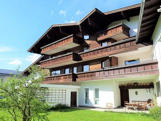 Classic Holiday Home in Altenmarkt im Pongau with Balcony