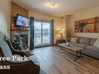 Mountain View Condo in Canmore's most Comfy Resort, we're accepting bookings!