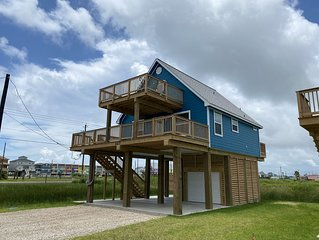 Beautiful New Beach Home 3BR 2B Family Friendly Easy Beach Access w Sunset View