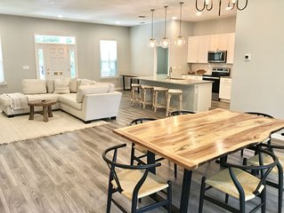 Newly built- Spacious home in the heart of St. Augustine!! W/garage