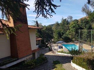 Paraíso na serra! Luxuosa casa em Teresópolis