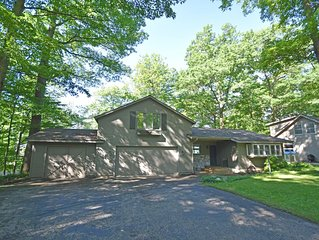 Home on Little Glen Lake near Glen Arbor: 4BR/3BA Accommodates 12!
