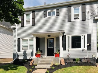 Spacious Charlottetown 4 Bed Home-walking Distance to Waterfront