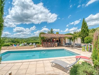 Splendid Holiday Home in Dégagnac with Swimming Pool