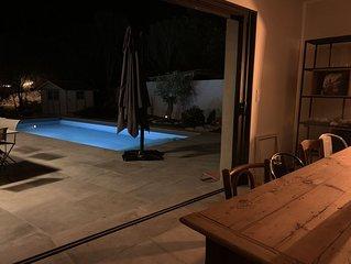 Villa PADORELLA, 4 à 12 personnes, 1.3 km du port, grande piscine.