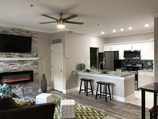 AWESOME UPDATED REMODELED CONDO- NO STAIRS 2 MILES TO THE BEACH!