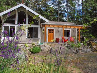 NEW! Ultra Secluded Modern Home on 2 Acres, Bike to Roche Harbor, Fire pit