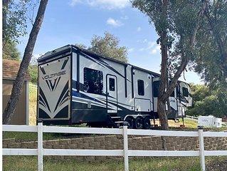 Glamper camper on site