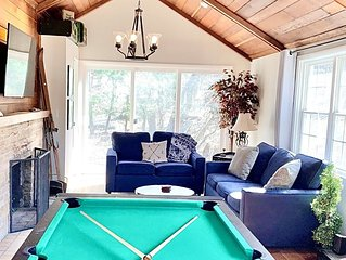 Beautiful Home 6 Blocks from Lake | 2 Fire Pits | Horseshoe Pit | Pool Table