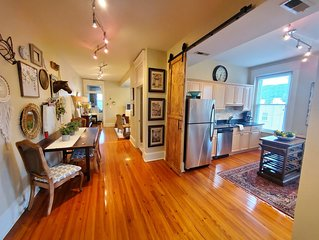 Historic Urban Downtown Loft 2 Bedroom 2 Bath
