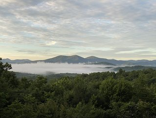 Million Dollar Views!   Blue Ridge!   Aska Adventure Area!!   Pet Friendly!