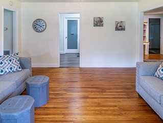 Super Clean, convenient to downtown. Discounts for longer stays!
