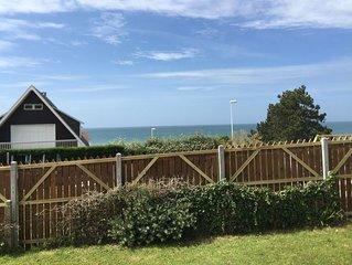 Studio vue mer à 100mètres de la plage