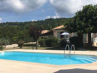 Jolie propriété sur 2500 m² de terrain avec piscine chauffée