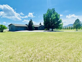 Beautiful spacious home with gorgeous mountain views and room for entertaining.