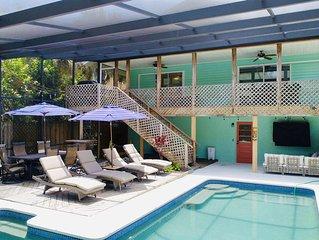 Pet friendly Home- Blocks from World Famous Siesta Key Beach