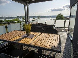 Traumhaus SUNFLOWER, Sauna, Kamin, Wanne, Grill, Terrasse, Garten, bei Leipzig