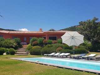 Villa 190 m2, 5 bedrooms, air conditioning, heated pool, garden 2850 m2, 2 minu