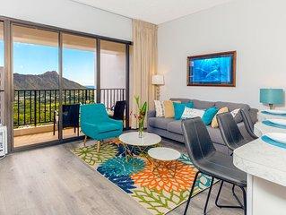 Beautiful 37th Floor Penthouse in Waikiki | Ocean Views | WiFi & Parking Include