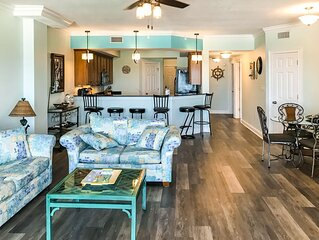 Mexico Beach condo w/ full beach view, central AC, and shared pool & hot tub!