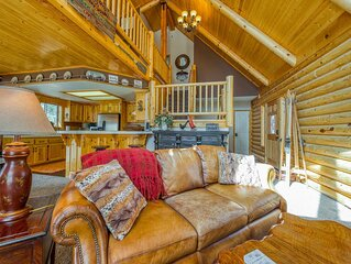 Classic log cabin style home w/ private grill and wood-burning fireplace!