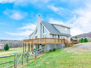 DOGS WELCOME! Lake Access Home w/Hot Tub, Fire Pit & Gas Fireplace!