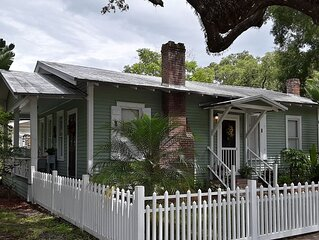 Historic Cottage, super clean, comfortable and well equipped.