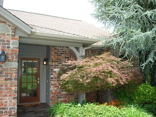 Lakeside relaxing home located in a quiet gated community