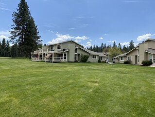 Golf Paradise Getaway - Sleeps 8!