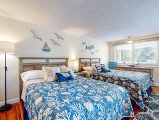 Suite w/ patio, sun deck & shared pool - 1 mile to Ogunquit Beach!
