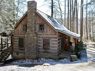 Soothing Waters 2 Bedroom 2 Bath Log Cabin in Valle Crucis NC