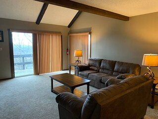 Hello Camelback! Cozy! Sleeps 6 Family Friendly!