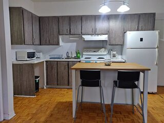 Beautiful 1BD in heart of Plateau Mont-Royal, very hype and prime neighborhood
