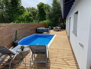 Maison  avec terrasse de 90m2 expo sud et piscine chauffée vue montagnes