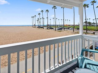 1007 E Balboa 10 . On the sand, dream vacation! Walk to everything!10