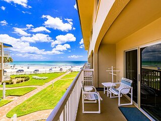 A215 Fabulous location! 2/2 condo on the beach, just steps from coveted Flagler