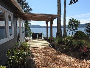 Ocean Front Cottage in Sooke on Vancouver Island Kayaking Hot Tub