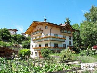 Apartment Casa Pancheri  in Coredo, Brenta - Dolomites - 6 persons, 3 bedrooms