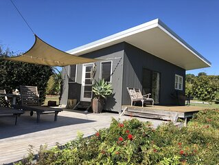 Byron country cottage 1, 3km to Byron, self-contained, bikes available