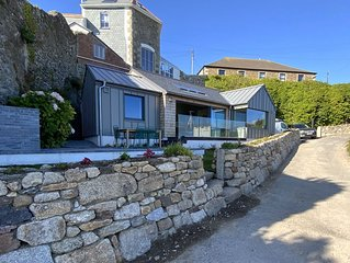 Chymaen - Magnificent coastal home with Sea Views