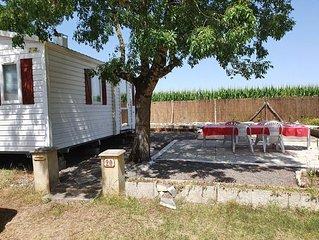 Mobil Home avec spacieuse terrasse à Meschers proche de Royan