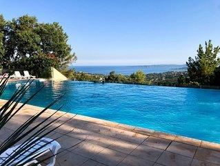 appartement vue sur la mer avec piscine dans résidence privée