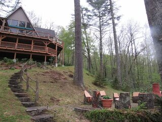 Vacation Dream, Cherokee Land, Mt. views, private beach on  Lake Glenville.