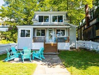 Adorable Peaks Island Cottage