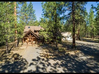 NEW! Beautiful Log home outside of Sisters, OR